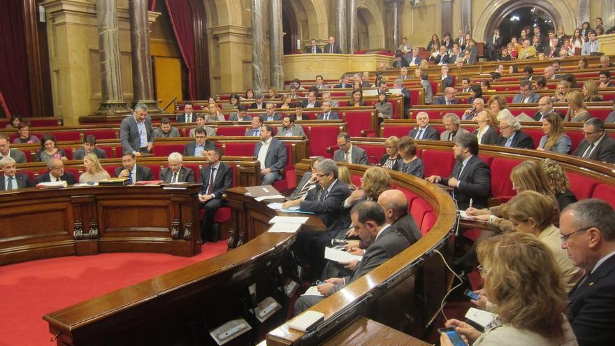 Cruce de críticas entre el Gobierno catalán y ERC por la comisión Pujol y sueldos de altos cargos