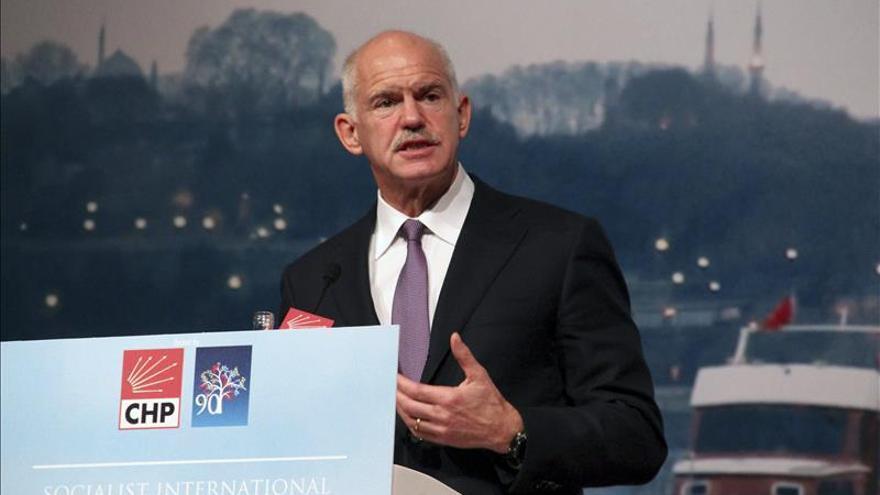 Papandreu provoca la escisión del Pasok al crear un nuevo partido en Grecia