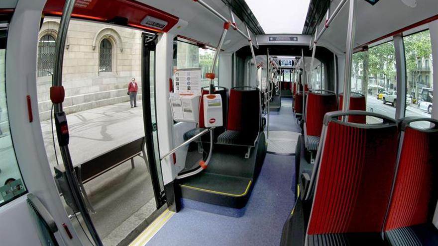 El paro parcial en los autobuses pone a prueba de nuevo la movilidad en Barcelona