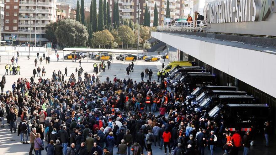 Los CDR desconvocan la protesta en Sants sin haber bloquedo la estación