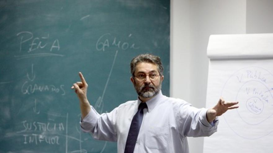 El presidente de la Asociación de Periodistas de Investigación (API), Antonio Rubio.