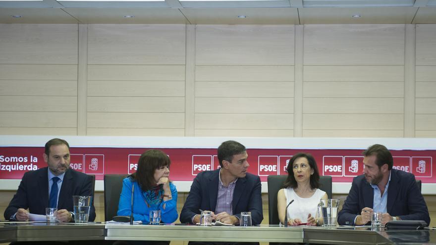 Pedro Sánchez preside la reunión de la dirección del PSOE.