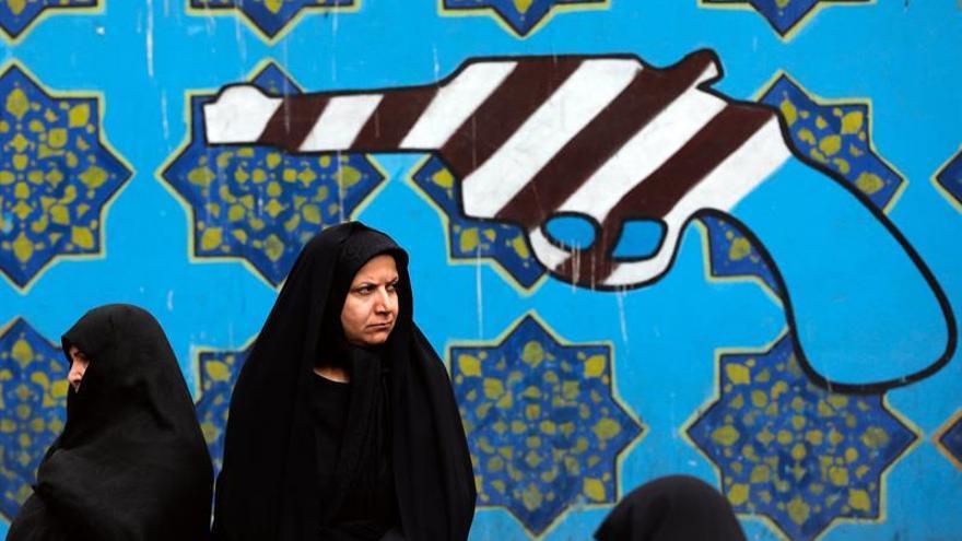 """Irán recuerda la toma de la embajada de EEUU con llamadas a la """"resistencia"""""""