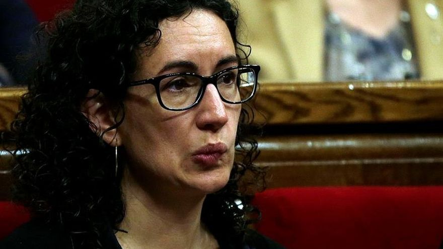 La Generalitat estudia crear una bolsa de parados para trabajar en el referéndum