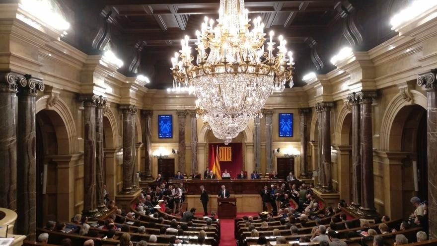 Interior del Parlament de Catalunya durant el ple en què es va votar la República Catalana