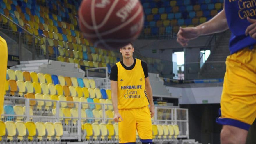 Marcus Eriksson durante un entrenamiento en el Gran Canaria Arena.