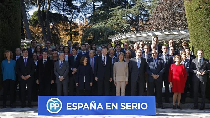 """Rajoy subraya que el PP ofrece la """"seguridad y certidumbre"""" que España necesita hoy"""