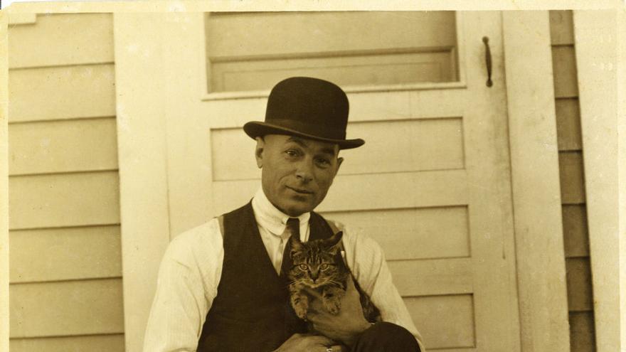 Retrato del historietista George Herriman (1880 - 1944)