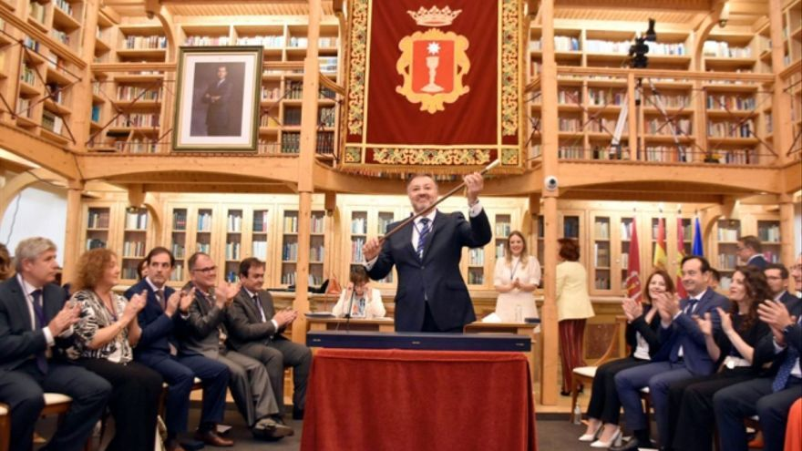 """Darío Dolz, nuevo alcalde de Cuenca: """"Gobernaré desde la humildad, la cercanía y el diálogo"""""""