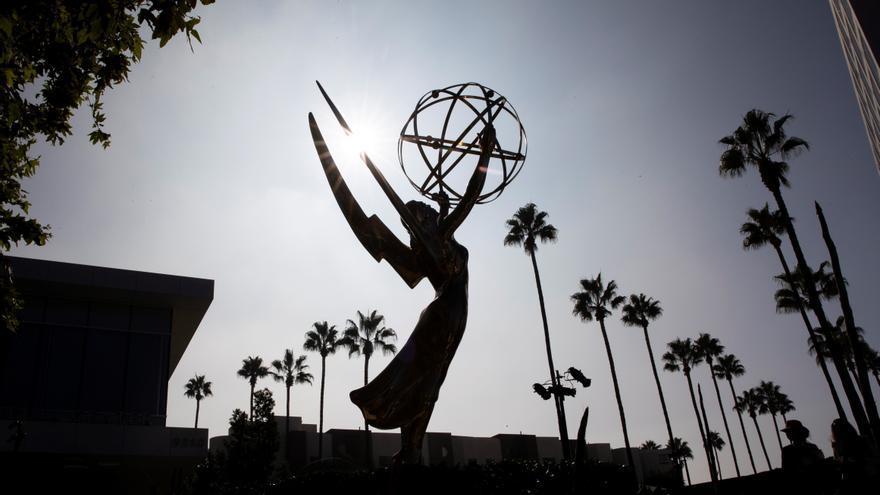 Los Emmy mejoran la audiencia de los últimos años con su gala presencial