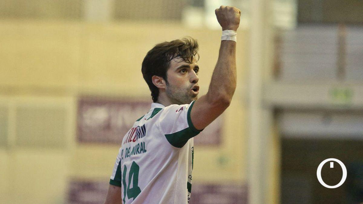 Pablo del Moral celebra su gol ante Osasuna Magna.