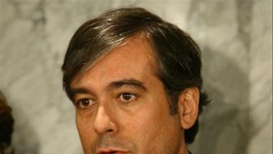 """Enrique López afirma que la interpretación del Senado es """"absurda"""""""