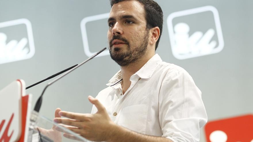 """Garzón: """"Si el PSOE y C's tienen tan claro que Rajoy debe gobernar que se hagan cargo de sus propias decisiones"""""""