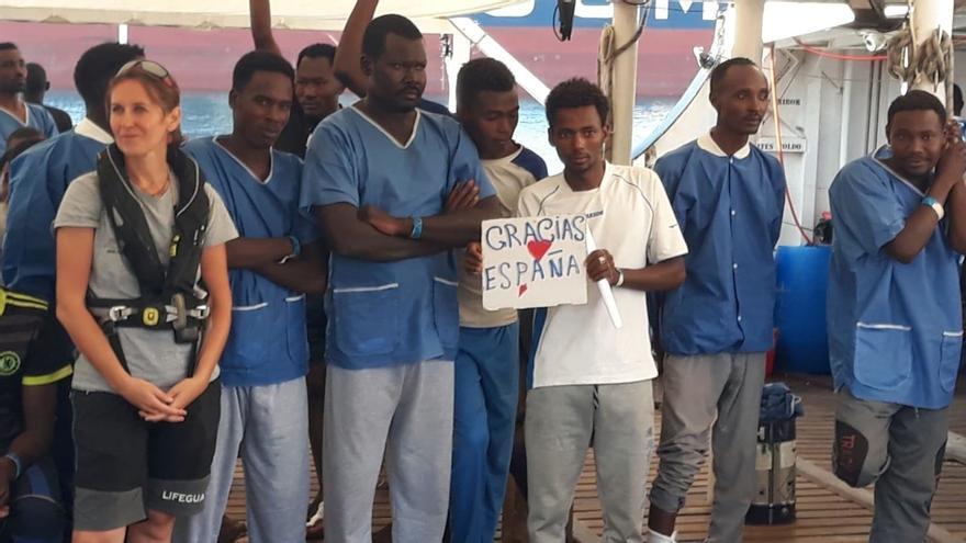 Todos los migrantes del Open Arms que no tuvieron estatus especial expresan voluntad de pedir asilo