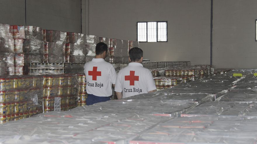 Una nave de alimentos de Cruz Roja. Foto: Cruz Roja