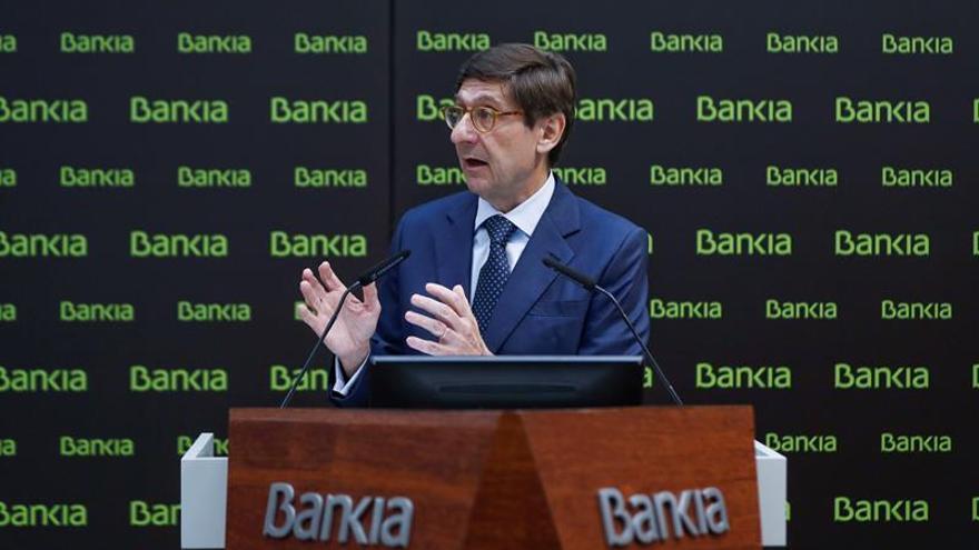 Un juez exime a Bankia de devolver a un institucional lo invertido en la OPS