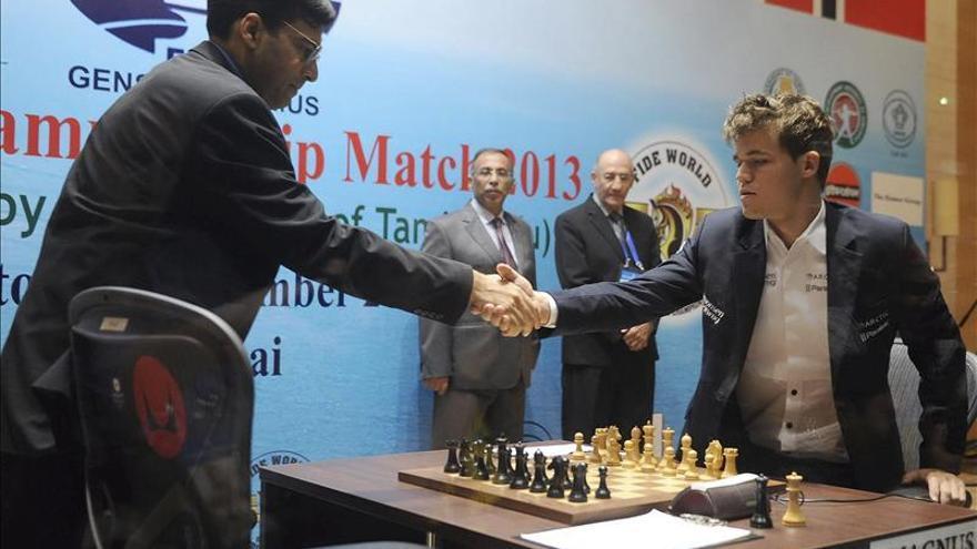 """Carlsen no quiere que le llamen """"el Messi del ajedrez"""""""