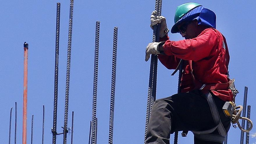 La economía chilena se hunde un 10,7 % en julio por la pandemia