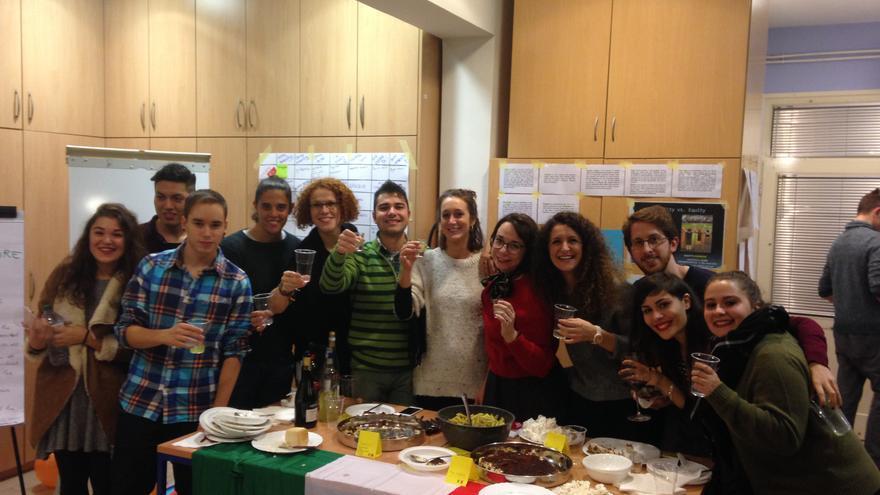 Fiesta intercultural del intercambio juvenil en Zagreb (Croacia)