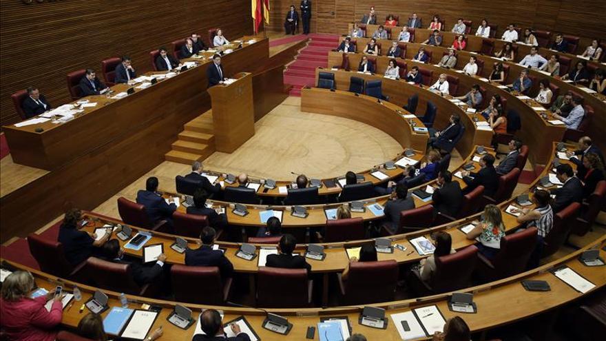 El presidente de Les Corts renuncia tras 19 días por el pacto de gobierno