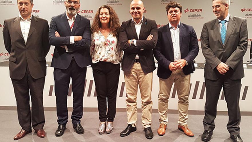 Foto de familia de la presentación de este jueves en el Auditorio de Tenerife