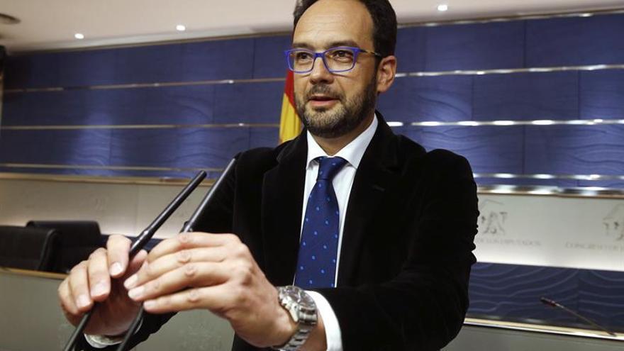 El PSOE plasmará en iniciativas parlamentarias sus promesas de la investidura