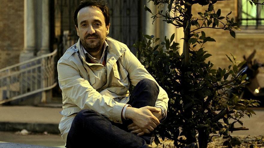 El escritor y periodista Carlos Fonseca. / Marta Jara
