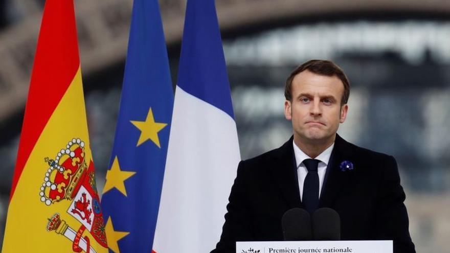 """Macron: """"Los terroristas no nos harán renunciar a nada"""""""
