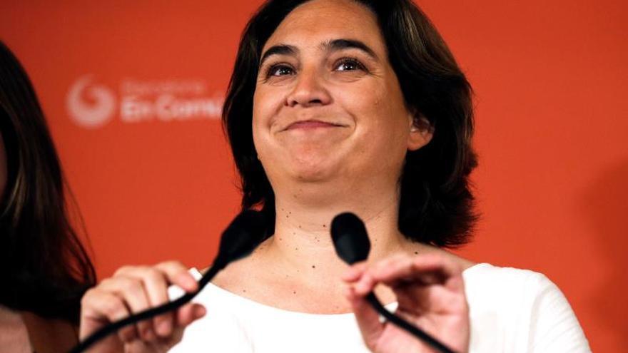 Colau insiste en un tripartito de izquierdas en Barcelona