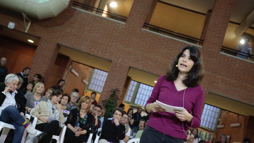 Isabel Serra durante el acto de lanzamiento de su candidatura a las primarias de Podemos a la Comunidad de Madrid.