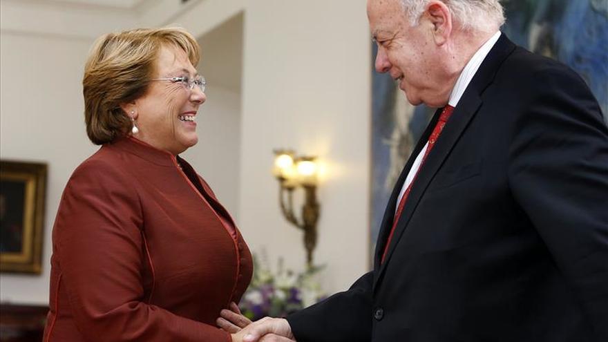 Bachelet nombra a Insulza como agente de Chile para la demanda boliviana en la CIJ