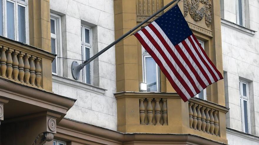EEUU deberá reducir en 745 personas su personal en Rusia, según la televisión