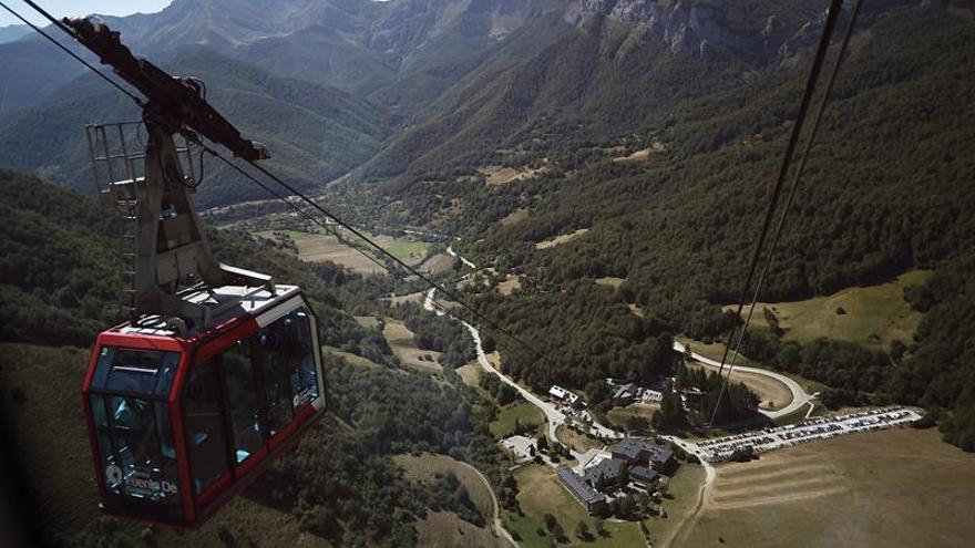Teleférico Fuente Dé: 50 años surcando Picos de Europa con cuerda para más