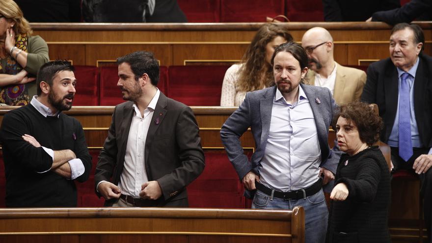 Los parlamentarios de Unidos Podemos rechazan aplaudir al Rey Juan Carlos en el hemiciclo del Congreso
