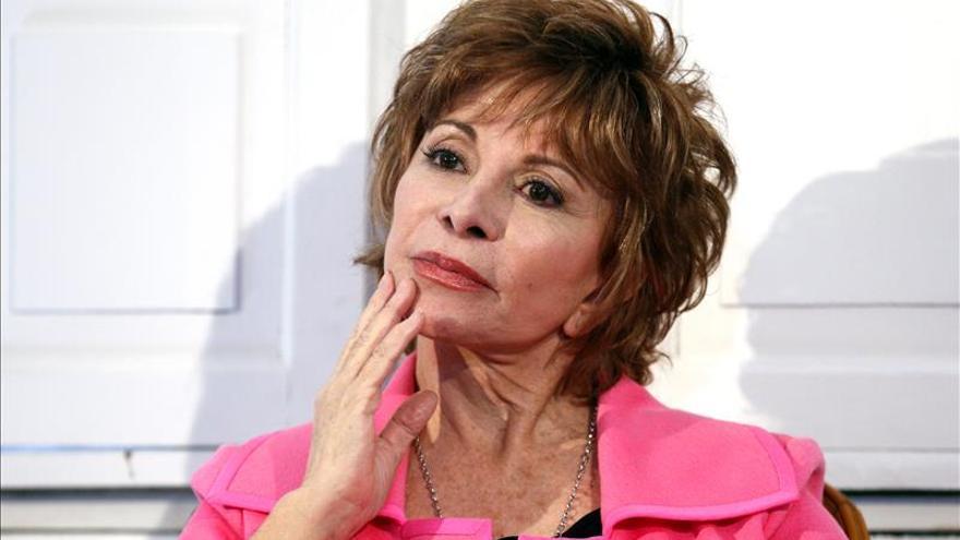 """""""Los inmigrantes son los que han levantado Estados Unidos"""", afirma Isabel Allende"""
