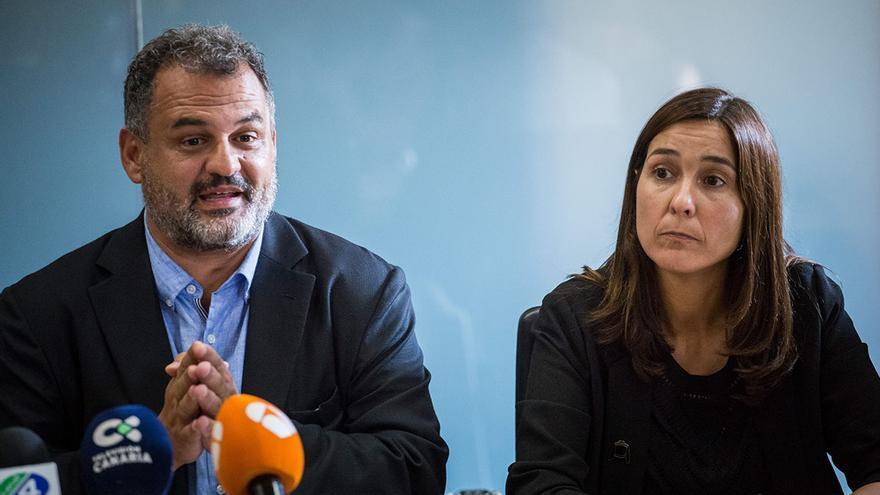 José Alberto Díaz (CC) y Mónica Martín, alcalde de La Laguna y ex primera teniente de alcalde del PSOE