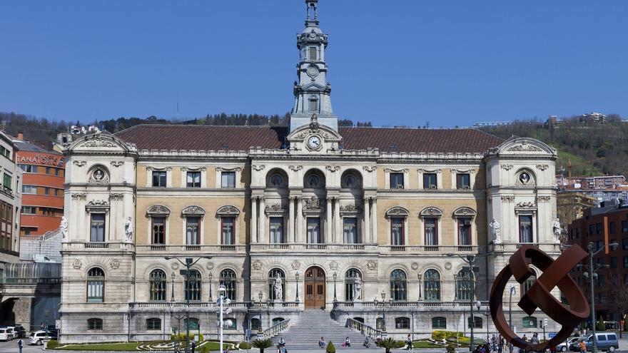 La Junta de Gobierno de Bilbao aprueba un aumento del 1,1% en los impuestos y tasas municipales para 2020