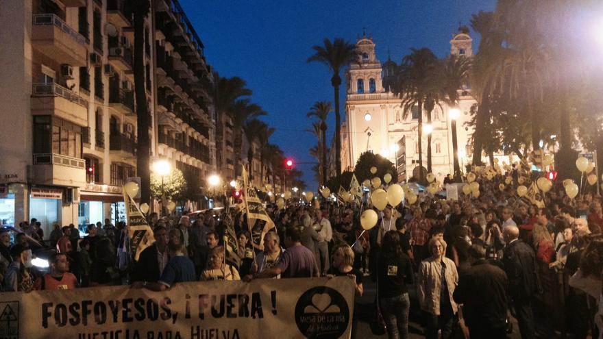 Manifestación en contra de los fosfoyesos en Huelva /Foto: Fermín Cabanillas