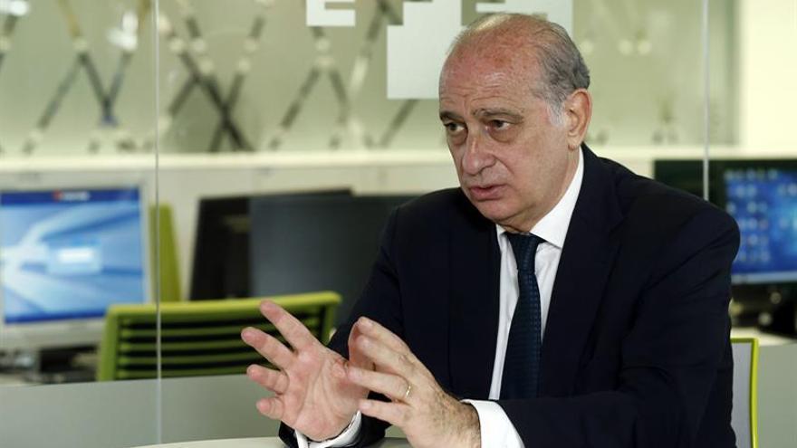 """Fernández Díaz critica el """"postureo"""" de Sánchez al anunciar su Gobierno"""