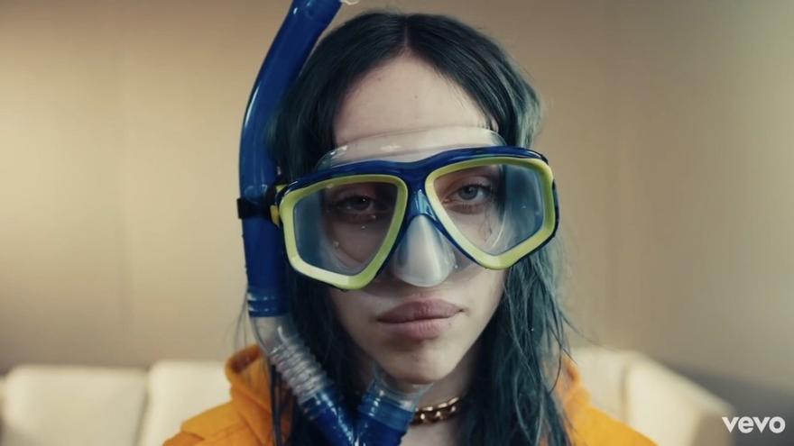 Billie Eilish en el videoclip de su tema 'Bad Guy'