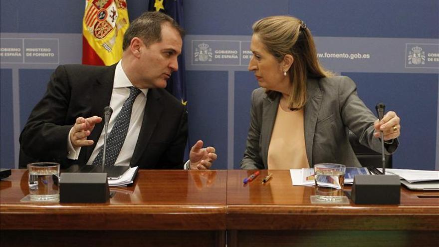 El Gobierno privatizará el 49 % de Aena y mantendrá el control del gestor
