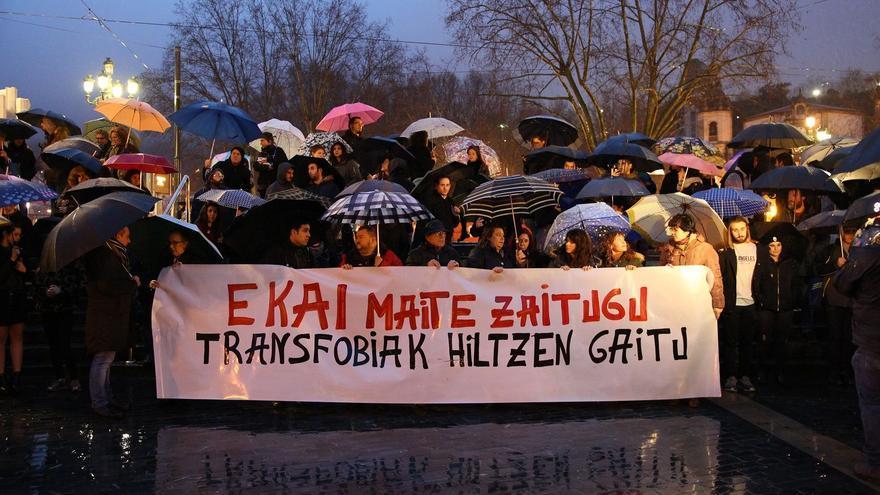 Concentración en memoria de Ekai y contra la transfobia, en Bilbao.