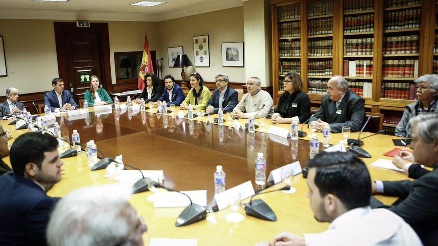 """Rivera critica el """"diálogo trampa"""" de Maduro y reclama elecciones en Venezuela"""
