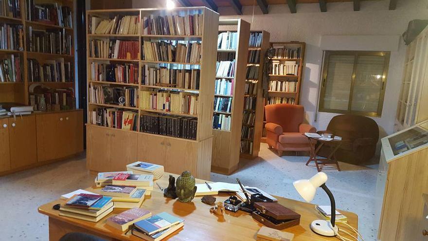 La biblioteca de la casa de Beniarbeig, sede de la Fundación Rafael Chirbes