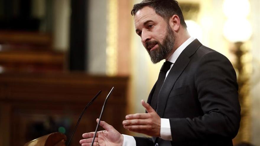 El presidente de Vox, Santiago Abascal, ha informado a través de la red social Twitter de que su grupo parlamentario donará la subvención de marzo y abril a víctimas del coronavirus.