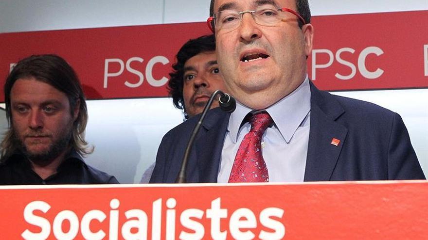 El PSC admite precandidaturas de Iceta y Parlon, que inician recogida de avales