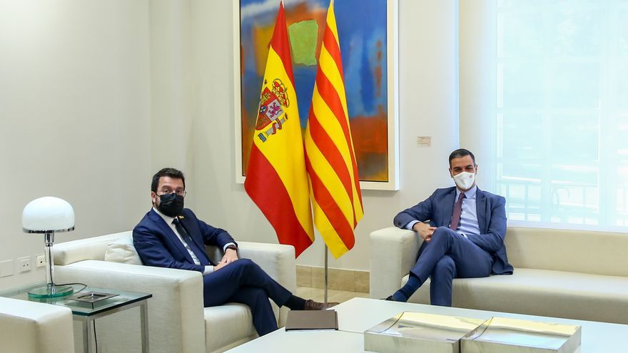 Archivo - Pedro Sánchez y Pere Aragonès, durante una reunión en el Palacio de la Moncloa