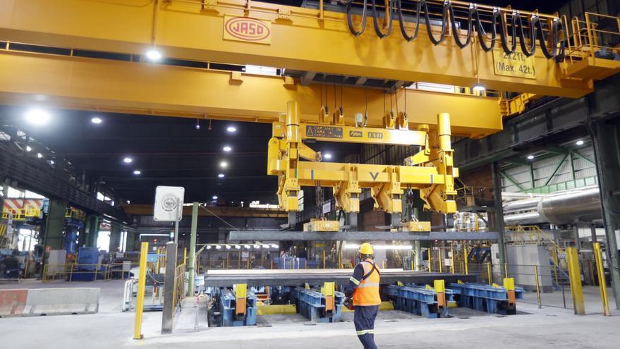 La acería Sidenor, obligada a parar al subirle un 300 % el precio de la luz