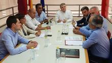 El PSOE lleva el proyecto de regulación del 'fracking' presentado en la Asamblea a los alcaldes de los municipios afectados