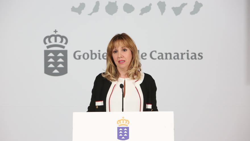 La consejera de Hacienda del Gobierno de Canarias, Rosa Dávila. Alejandro Ramos